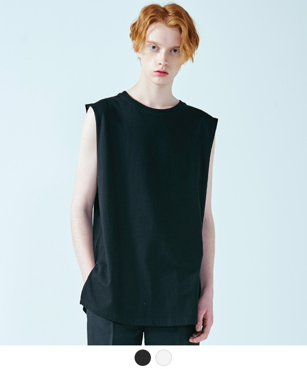 LINE SLEEVE T-SHIRT