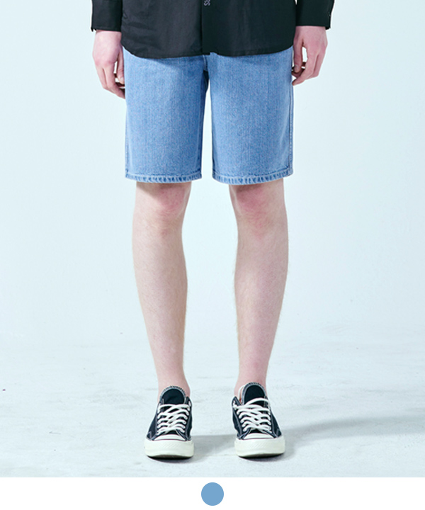 LIGHT WASHING DENIM SHORTS
